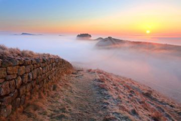 HW290F HOUSESTEADS CRAGS HADRIAN'S WALL