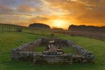 HW171V TEMPLE OF MITHRAS, BROCOLITIA, HADRIAN'S WALL