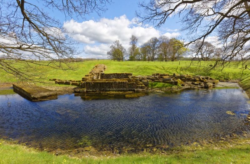 HW102D BRIDGE AT CHESTERS ROMAN FORT, HADRIAN'S WALL, NORTHUMBERLAND